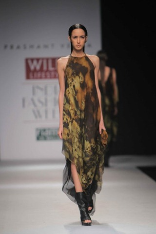 [WIFW SS 2011 collection by Prashant Verma (7)[5].jpg]