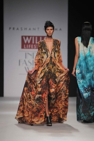 [WIFW SS 2011 collection by Prashant Verma[5].jpg]