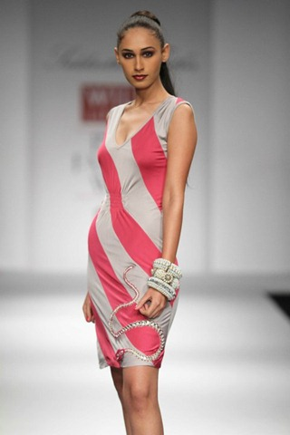 [WIFW SS 2011 collection by  Siddartha Tytler (20)[4].jpg]