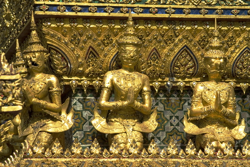 3%20Sculptures%20in%20Wat%20Phra%20Kaew - Some Sculptures in Wat Phra Kaew