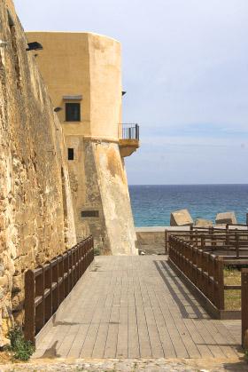 Sizilien - Addiopizzo - Kursaal Tonnara - Die mafia-freie Kombination aus Bar, Restaurant, Open Air Kino und Open Air Konzerte