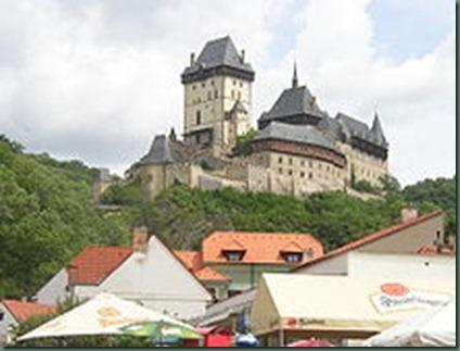 220px-Karlstejn_castle_Czech_Republic
