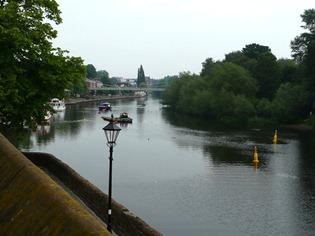 Честер, вид с городской стены, река Ди