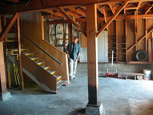 装修前-地下室