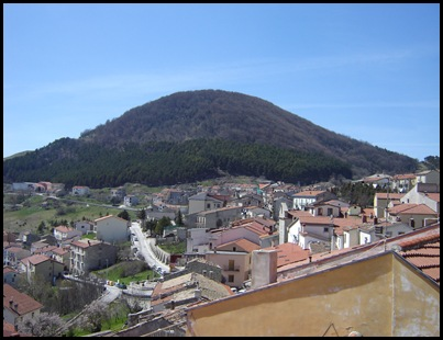 Veduta Monte Caraceno - pineta