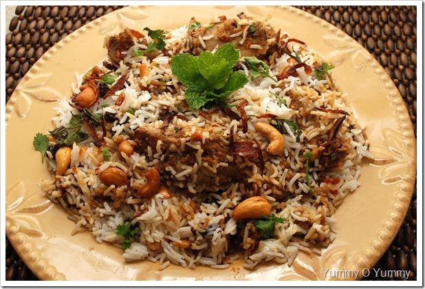 Kerala Chicken Biriyani / Kozhi Biriyani