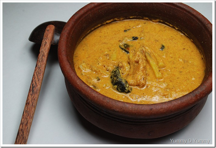 Unakka Meen - Kaya Curry/ Dried Fish - Raw Banana Curry