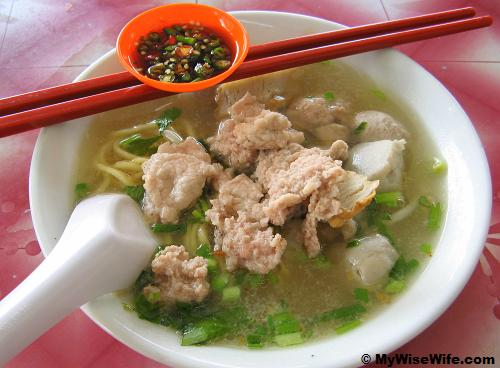 Koay Teow (Flat Noodles) with only pork