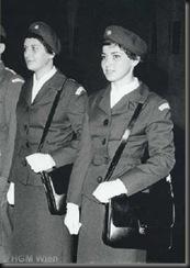 military_woman_austria_army_000006