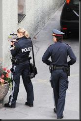 military_woman_austria_police_000048
