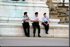 military_woman_austria_police_000026