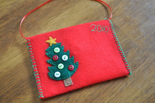 felt envelope Christmas ornament