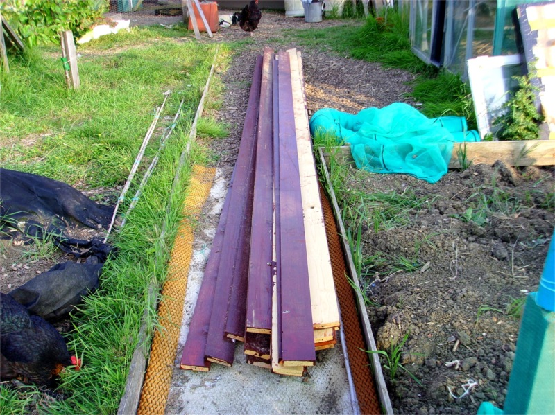 how to build a polytunnel uk