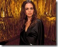 happy portrait desktop wallpaper of tv actress eliza dushku