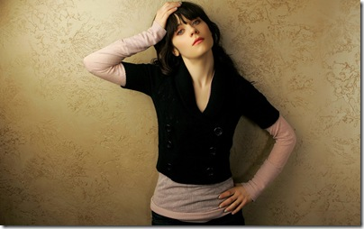 zooey_deschanel-hollywooddesktopwallpapers 2