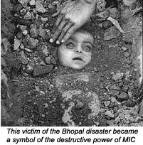 Entierro en Bhopal