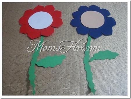 Como hacer flores con papel y corospun de colores