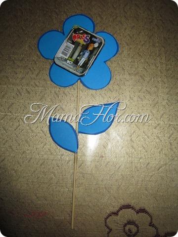 Flor porta golosinas para decorar la mesa de Fiesta Infantil o Bautizo