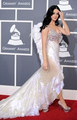 53rd Grammys Katy Perry ShoesNBooze