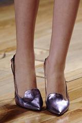Cynthia Rowley AW 11 Lavender pump ShoesNBooze