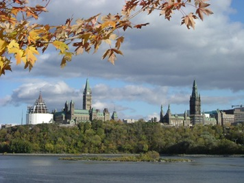 139_Parliament_Hill_from_opposite_bank_of_Ottawa_River