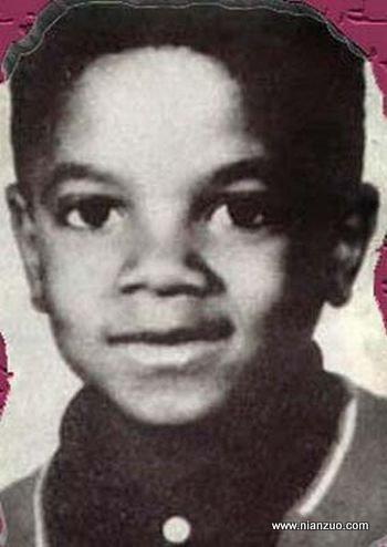 关于杰克逊 孩子时的杰克逊就显露了惊人的天赋。,杰克逊,迈克