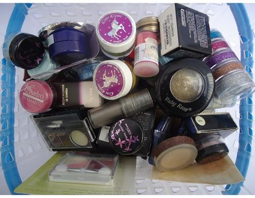 Guardando maquiagens - Sombras pequenas e pigmentos