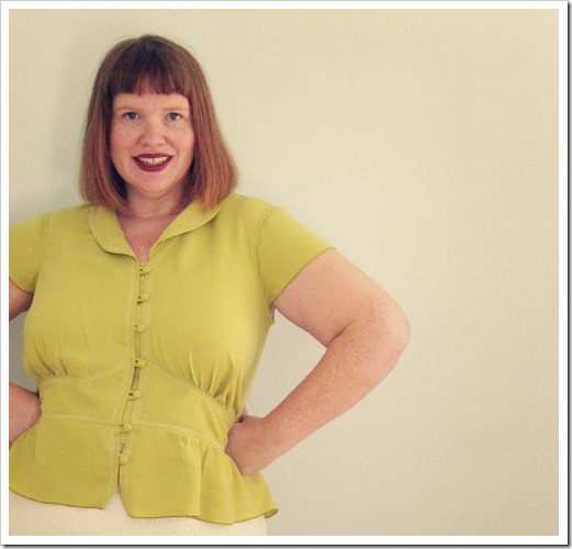 The wheatgrass blouse. With topstitching. Another Simplicity 2601.