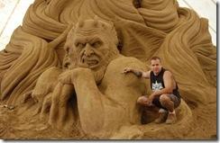 9.Seni Rupa Seni Ukir Pasir Yang Menakjubkan