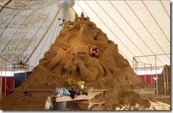 10.Seni Rupa Seni Ukir Pasir Yang Menakjubkan