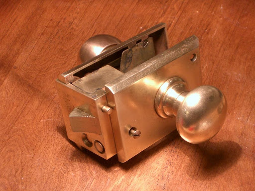 Lock, polished