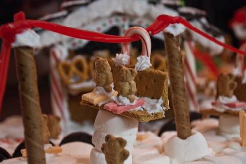 Gingerbread Houses-008.jpg