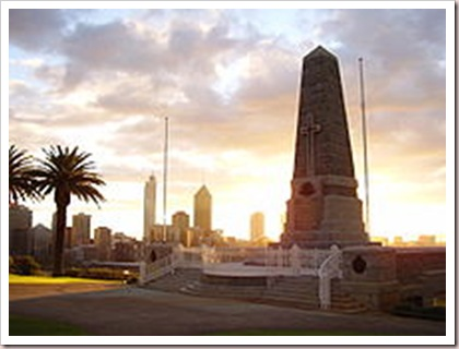 220px-Kings_Park_War_Memorial_Sunrise_2
