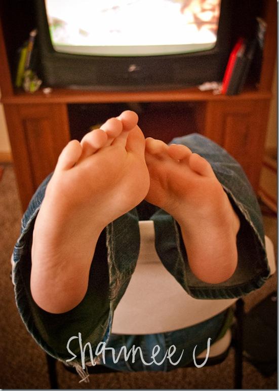 Yeller Feet