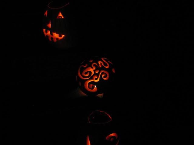 http://lh6.ggpht.com/_PdgeA0zZVfM/TMzUe9MedKI/AAAAAAAAm18/4jptBSUkjdM/s640/pumpkin%20party2010%20102.jpg
