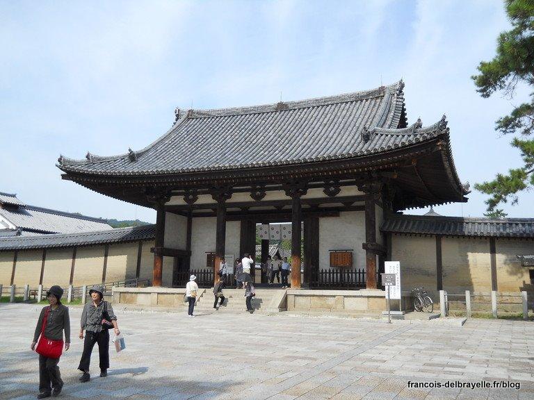 Porte du Sud Nandaimon au Hôryû-ji