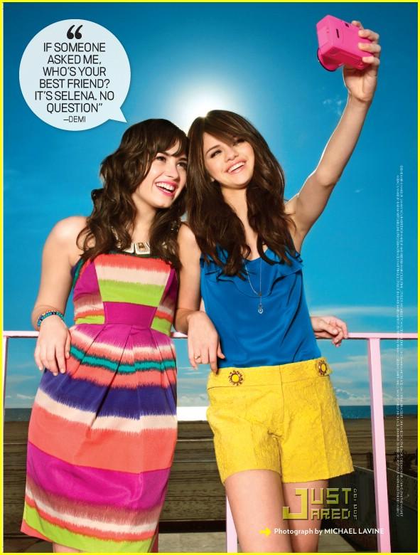 Lo mejor que me paso después del concierto!!(Nick y tu) - Página 3 Selena-gomez-demi-lovato-friendship-03