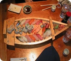 sushi_sashimi_boat_a