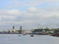 Approaching Greenwich on NCN4