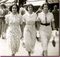 1935 middle class women