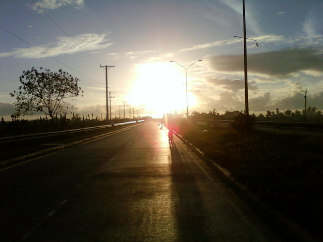 Cebu Marathon sunrise at South Road Properties