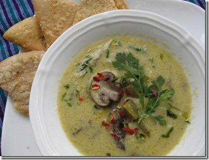 nopalito soup w qusadillas 012_thumb[2]