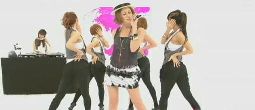 Beni performs 'Yura yura' on CDTV | Live performance