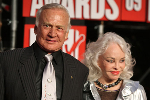 Buzz Aldrin on the red carpet at the VMA's [image courtesy of Getty images and MTV]