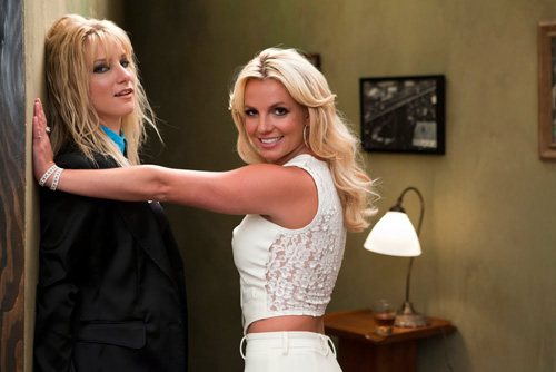 Britney re-creates 'Me against the music' on her episode of Glee | Snapped
