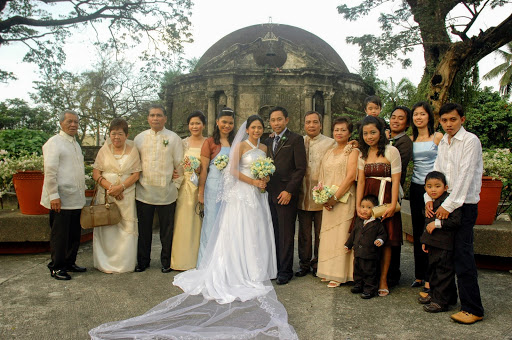 mga tanyag na pilipino ngayon sa larangan ng sining at musika tagalog at may larawan