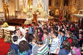 Grupos de escolares visitando la Catedral