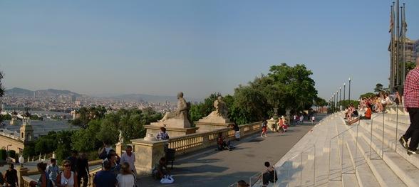 vista desde la puerta del MNAC, Barcelona