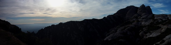 Panorámica desde la estación de Sant Joan, Montserrat