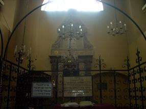 sinagoga del cementerio judio de Cracovia